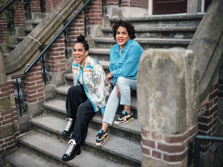De zussen Ira (links) en Ayra Kip. Beeld Marc de Groot