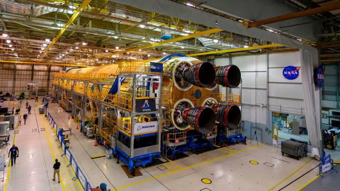 Eerste verdieping van draagraket voor nieuwe Amerikaanse maanmissie Artemis klaar