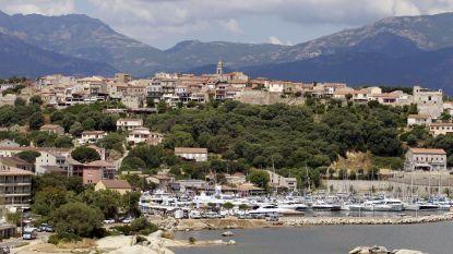 Duitse toeriste meegesleurd door golven in Corsica
