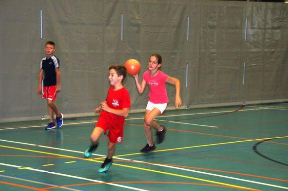 De sportdienst van Lede biedt deze maand tal van toffe activiteiten aan tijdens haar sportkampen.