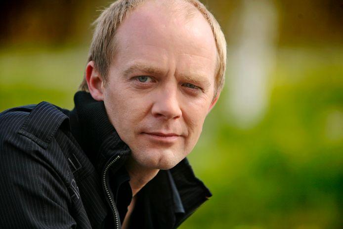 Derek Ogilvie.