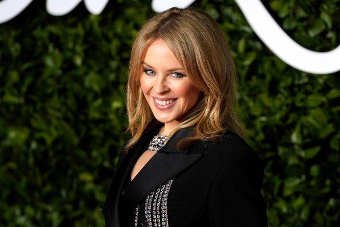 Kylie Minogue heeft een uitzonderlijk record te pakken met haar nieuwe album 'Disco'. Dat schrijft Story.