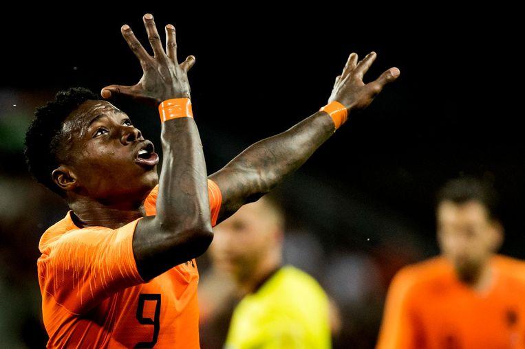 Quincy Promes van het Nederlands elftal viert zijn 1-1 tijdens een oefenwedstrijd tussen Slowakije en Nederland. Beeld anp