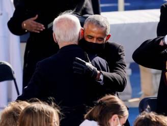 Volop handjes, schouderklopjes en knuffels op inauguratie Biden