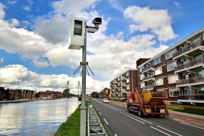 Flitspaal Henegouwerweg.