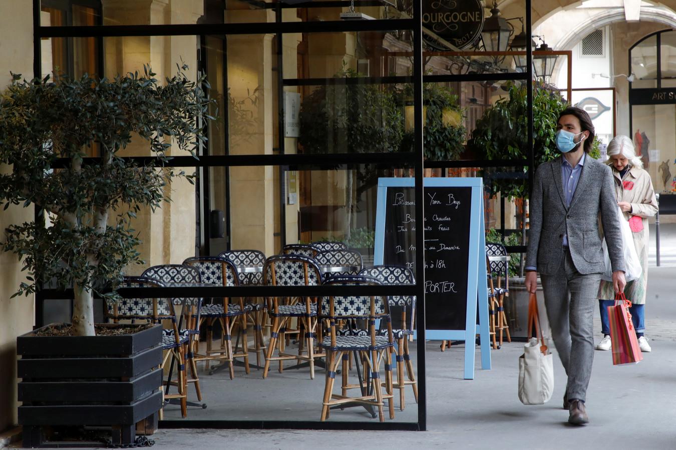 De restaurants in Parijs zijn nog steeds gesloten.