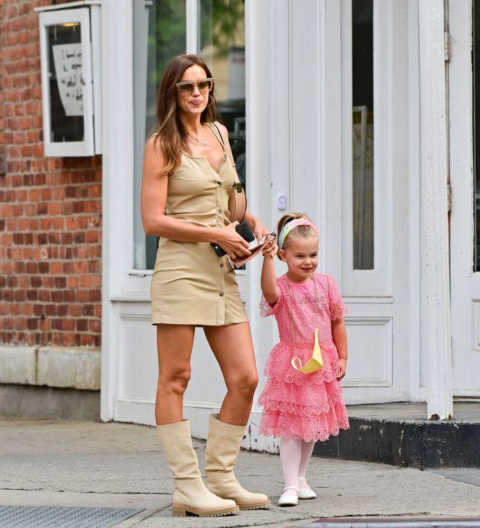 Irina Shayk en haar dochtertje Lea Cooper