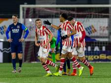 TOP Oss walst over tiental Jong AZ heen