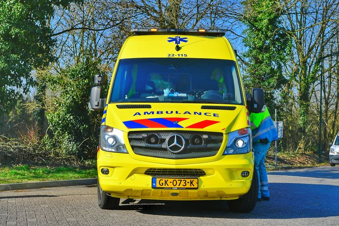Scooterrijdster gewond na val in Riethoven.