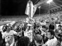 De zege op Galatasaray leidde tot veel meer moois voor PSV, dat hier in Stuttgart in 1988 de winst van het Europa Cup 1-toernooi viert.