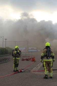 Enorme ravage in voetbalkantine Puiflijk door brand: 'Het ziet er niet best uit'