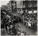 Engelsen trekken door Molenstraat in Helmond,  op 25 september 1944