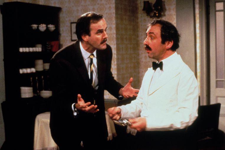 'Fawlty Towers' met John Cleese (l.).  Beeld BBC Worldwide