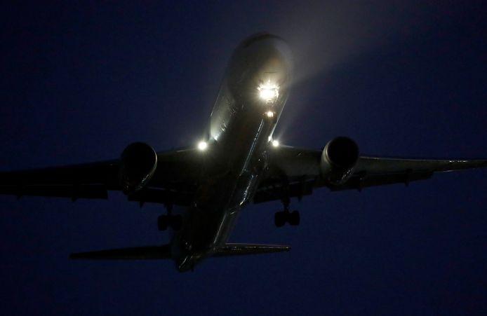 Het bewuste vliegtuig tijdens de noodlanding.
