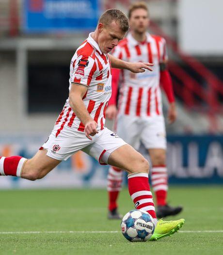 TOP Oss'er Kaak speelt tegen de club waar hij jeugdtrainer is: 'Liet daags voor de wedstrijd mijn gezicht maar niet zien'