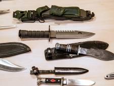 Van zwaard tot keukenmes: Deventenaren 'droppen hun knife' bij de politie