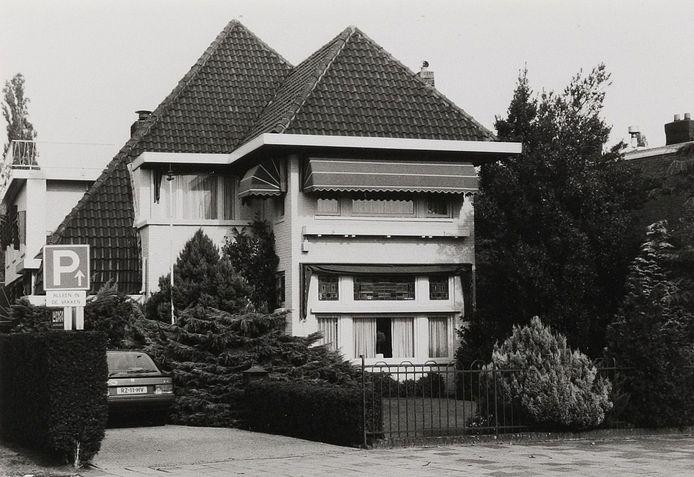 Het huis van de dokter Roelof Frank aan de Spoorlaan. In 1943 illegaal verkocht aan Organon.