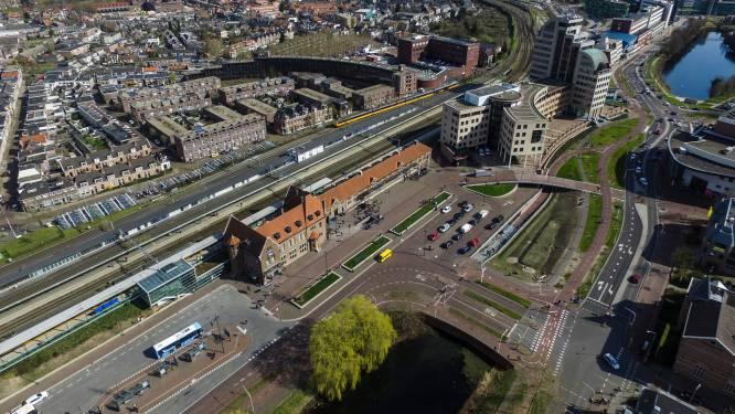 Treinreiziger rond Deventer moet in 2022 doorbijten door ingrijpend werk aan spoor