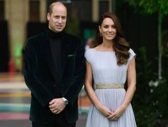 """""""Precies James Bond"""": veel aandacht voor de outfit van prins William tijdens Earthshot Prize-evenement"""