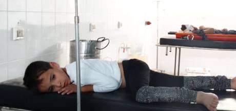 'Duizenden Syriërs met symptomen van gifgas'