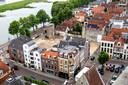 De plek van het nieuwe filmtheater is prachtig: de Welle, pal aan de IJssel.