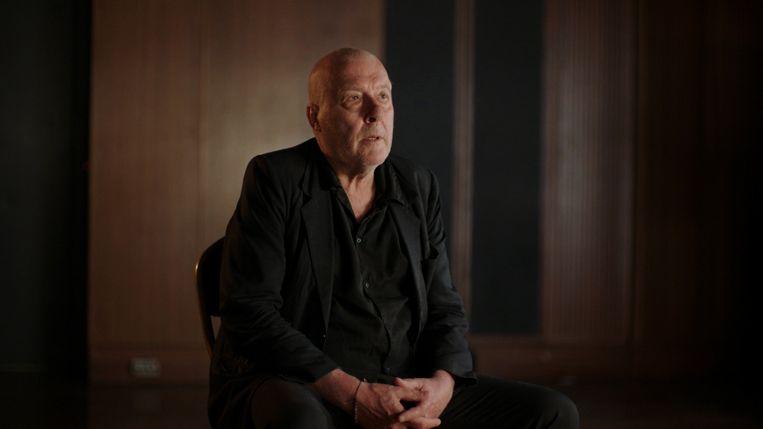 Arno Hintjens, kaal van de chemo, in documentaire Charlatan. Beeld VRT