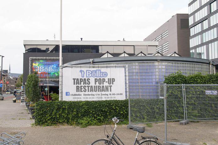 't Bölke, ooit vermaarde homo-discotheek, herbergt nu een tapas pop-up restaurant.