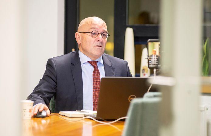 Burgemeester Kees van Rooij van Meierijstad.