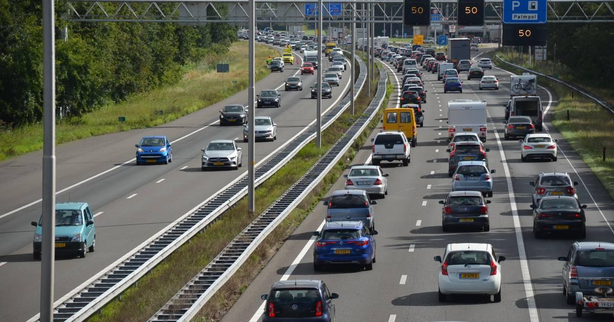 File is opgelost op A1 tussen Apeldoorn en Amersfoort na ongeluk.