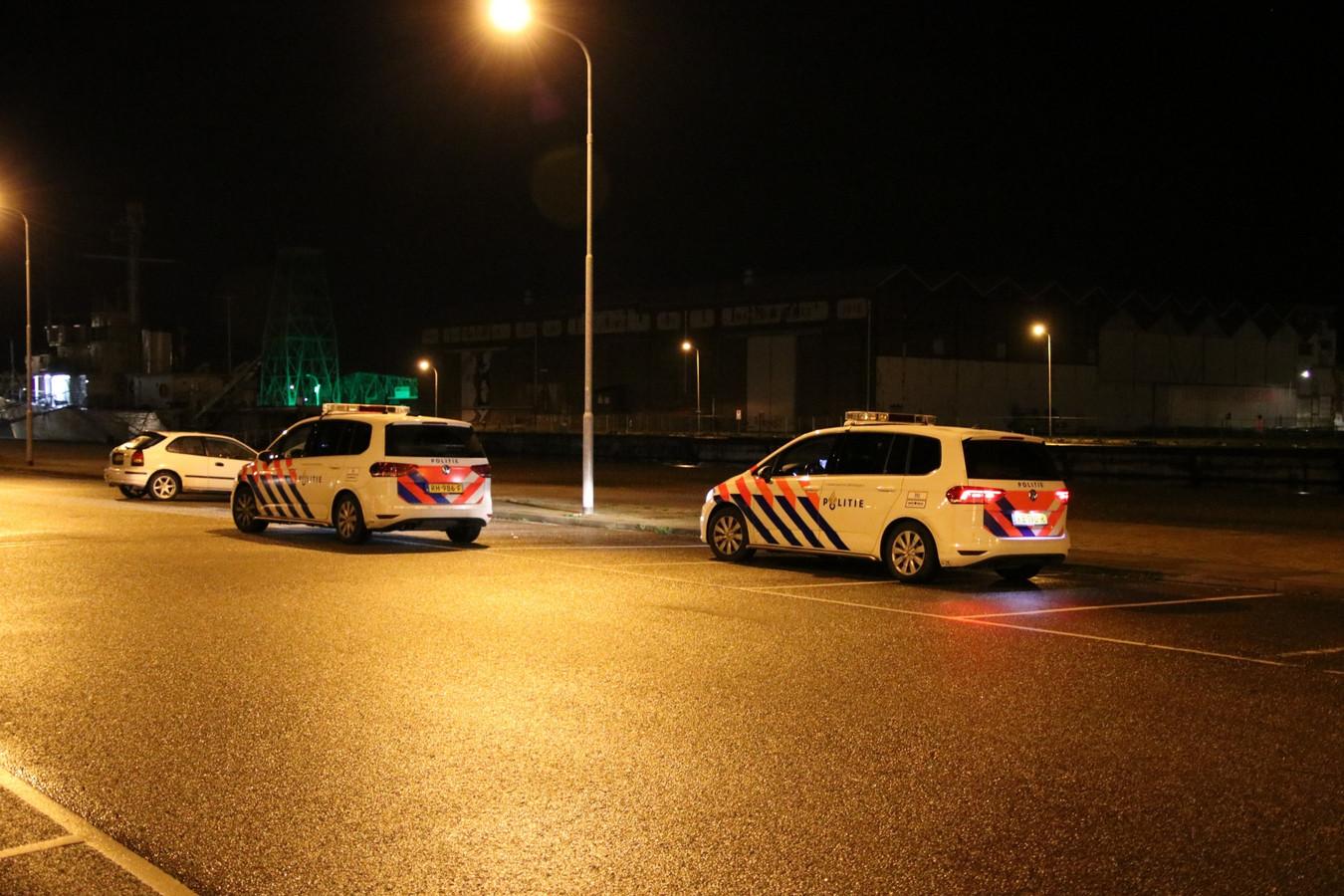 Politieauto's ter plaatse.