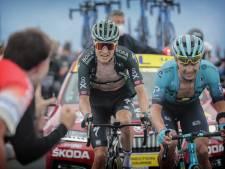 Kelderman ziet af op de Mont Ventoux maar is halverwege Tour wel 'best of the rest'