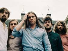 Deventer band Boogie Monster presenteert cd in leeg Burgerhaven: 'Als wij straks op dat podium staan, rocken we keihard'