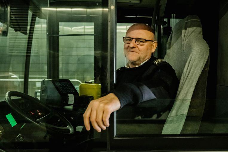 De Lijn-chauffeur André Vanderschrik. Beeld Wouter Van Vooren