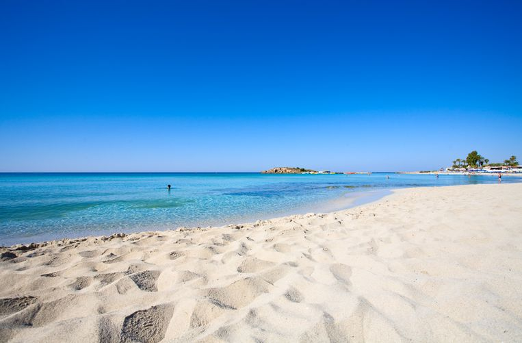 Nissi bay - Ayia Napa town - Cyprus Beeld Getty Images