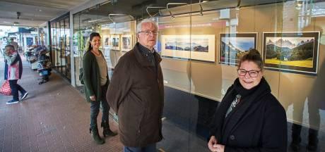Fotoclub Veghel fleurt etalage in centrum op met expositie: '61 jaar bestaan is ook mooie mijlpaal'