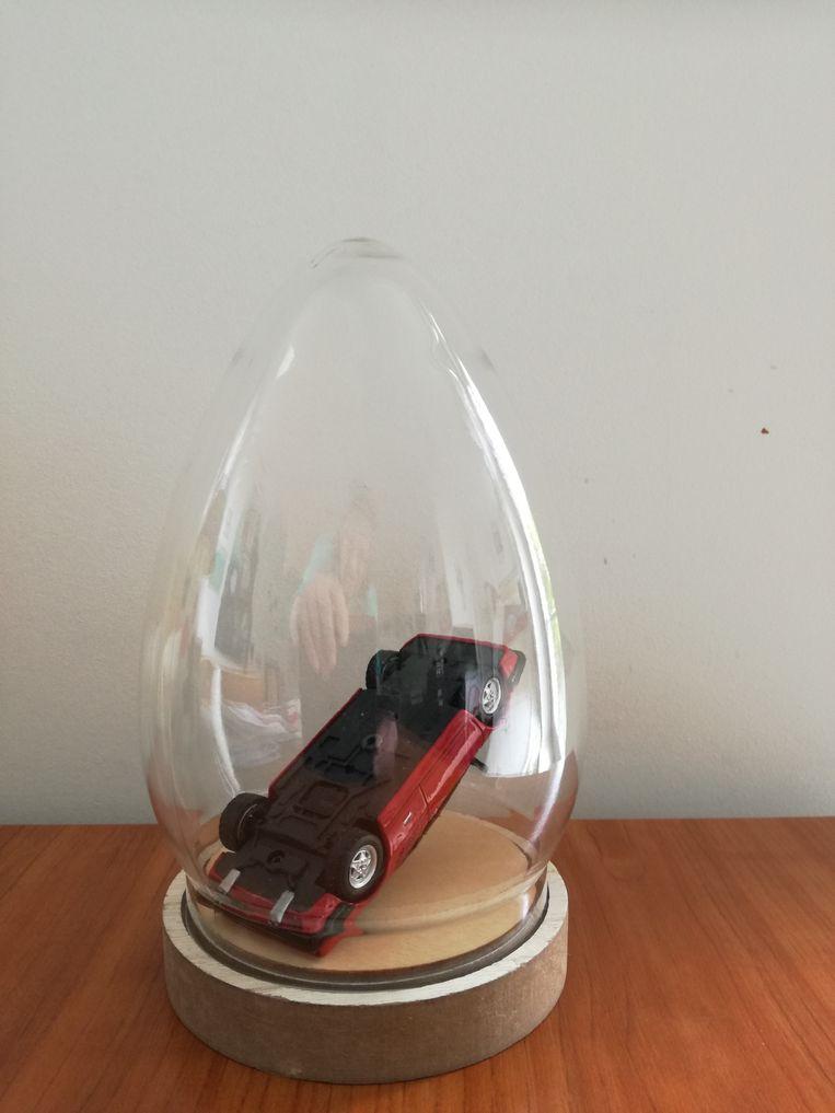 Kunstenaar Feike Otto van der Zee zou de Ferrari graag op deze manier tentoonstellen. Beeld Feike Otto van der Zee