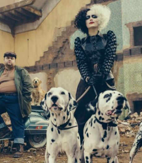 """Emma Stone, méconnaissable méchante dans la nouvelle bande-annonce de """"Cruella"""""""