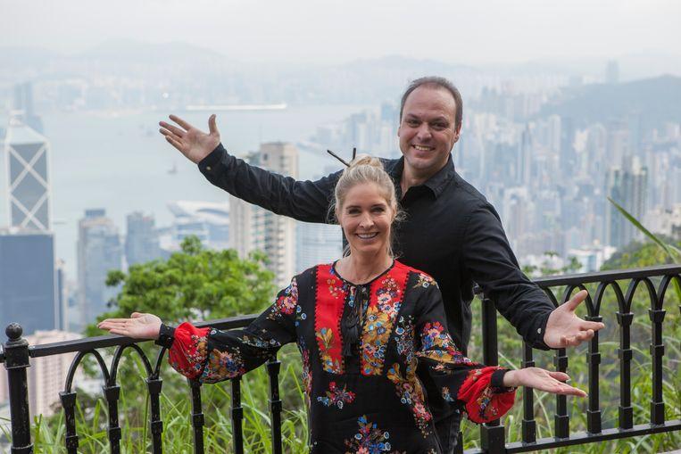Frans en Mariska Bauer in Hongkong.  Beeld AVROTROS