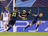 De Roon en Hateboer flink onderuit bij Champions League-debuut