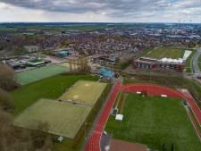 Kosten vernieuwen kunstgrasveld voor korfballers Wit- Blauw in Kampen vallen hoger uit door slechte drainage