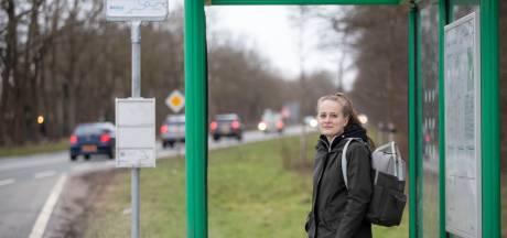 Harskamp is bijkans onbereikbaar voor reizigers openbaar vervoer: 'Laatst was er een storing, waardoor een bus helemaal niet kwam'