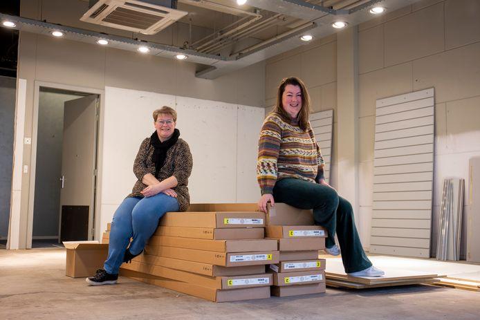 Geraldine van Hensbergen (links) en Aileen Pol van Needle Creations.
