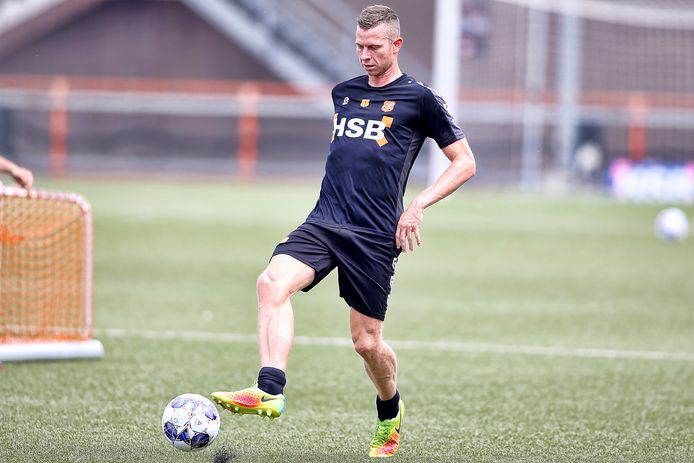 Laat Lionel Messi de kans om met Robert Mühren samen te spelen schieten?