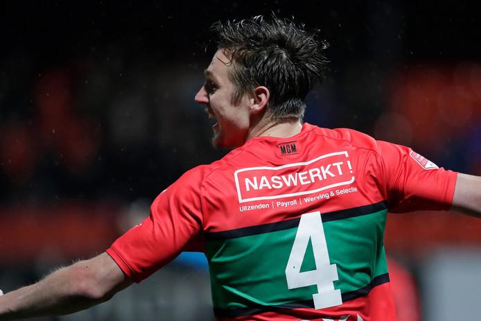Josef Kvida (NEC) viert de 1-1.