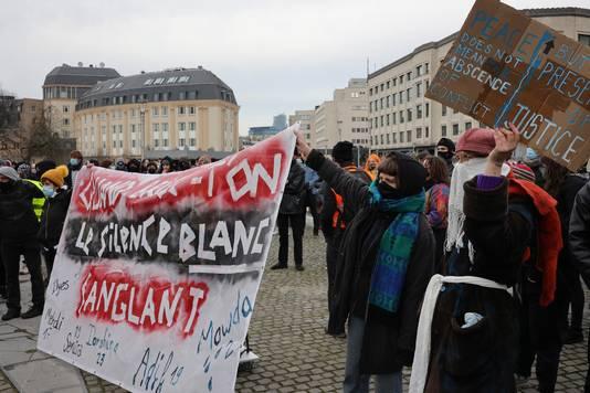 La manifestation n'avait pas été autorisée mais la police leur a accordé une heure de rassemblement.