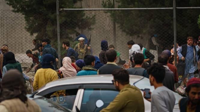 """Geëvacueerden komen aan in Europa met vreselijke verhalen: """"Doden lagen op straat in Kaboel"""""""
