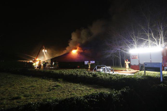 Zeer grote brand in een stal in Lierop.