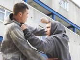 Broers in Loon op Zand bekvechten totdat een het zat is: 'Ik steek je in je flikker'