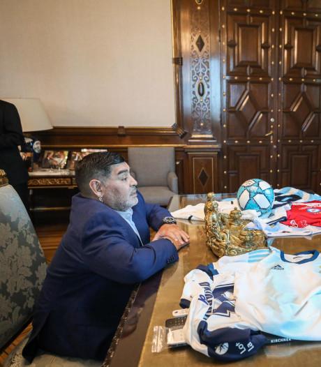Maradona op audiëntie bij nieuwe president Argentinië