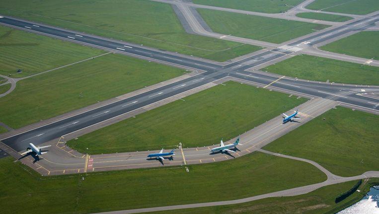 Zonder een duchtige veiligheidsaanpak is groei boven de huidige 500.000 vluchten na 2020 volgens de OVV onmogelijk. Beeld Robin Utrecht/ANP